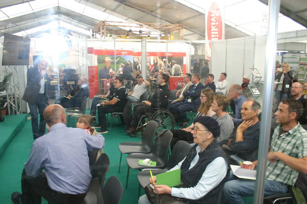 BU: Großes Interesse bei Unternehmen und Kommunen auf MeLa-Stammtisch (Foto: Peter Täufel) (Foto: Peter Täufel)