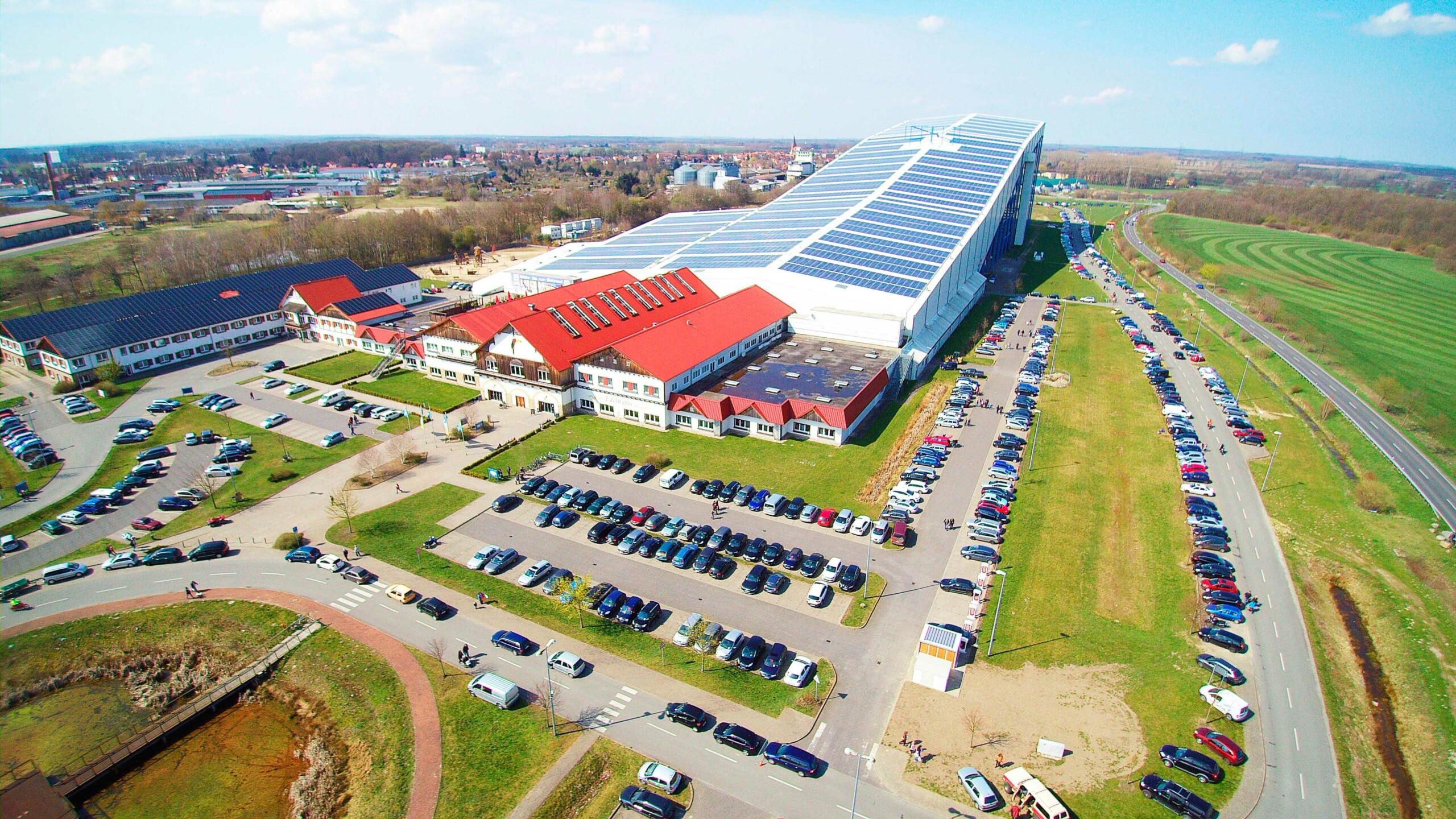 BU: Beim MVeffizient-Stammtisch stellt das alpincenter Wittenburg seine Energieversorgung vor (Foto: Hotel Hamburg-Wittenburg van der Valk GmbH)